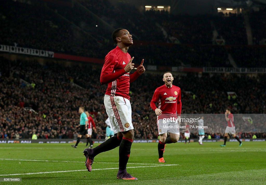 Manchester United v West Ham United - EFL Cup - Quarter Final - Old Trafford : News Photo