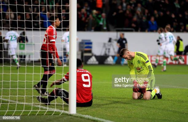 Manchester United's Anthony Martial Jesse Lingard and goalkeeper David De Gea appear dejected after they concede a third goal