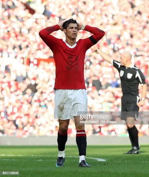 Manchester United's Cristiano Ronaldo dejected