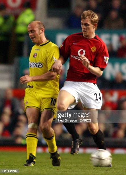 Manchester United's Darren Fletcher and Charlton Athletic's Claus Jensen battle for the ball