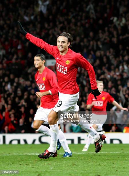 Manchester United's Dimitar Berbatov celebrates after scoring the opening goal of the game