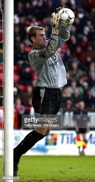 Manchester United's goal keeper Roy Carroll in action during the FA Barclaycard Premiership match between Charlton and Manchester United at The...