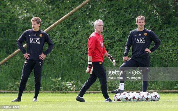 Manchester United's goalkeeping coach Eric Steele with goalkeepers Tom Heaton and Ron Robert Zieler during the training session