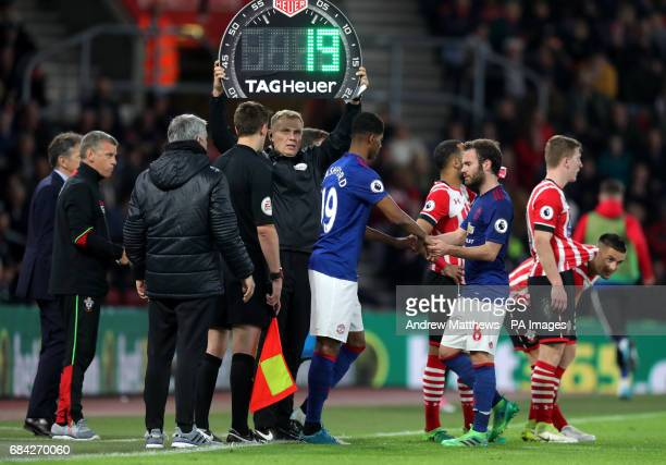 Manchester United's Juan Mata is replaced with Marcus Rashford during the Premier League match at St Mary's Southampton