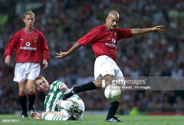 LEAGUE Manchester United's Juan Veron scores their second goal watched by Nicky Butt and Celtics' Stephen Crainey during the Ryan Giggs Testimonial...
