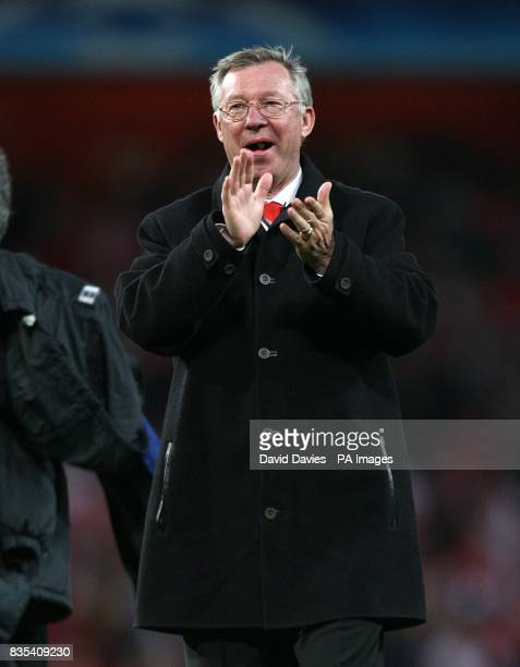 Manchester United's manager Alex Ferguson celebrates after the final whistle