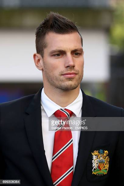 Manchester United's Morgan Schneiderlin arrives at the ground