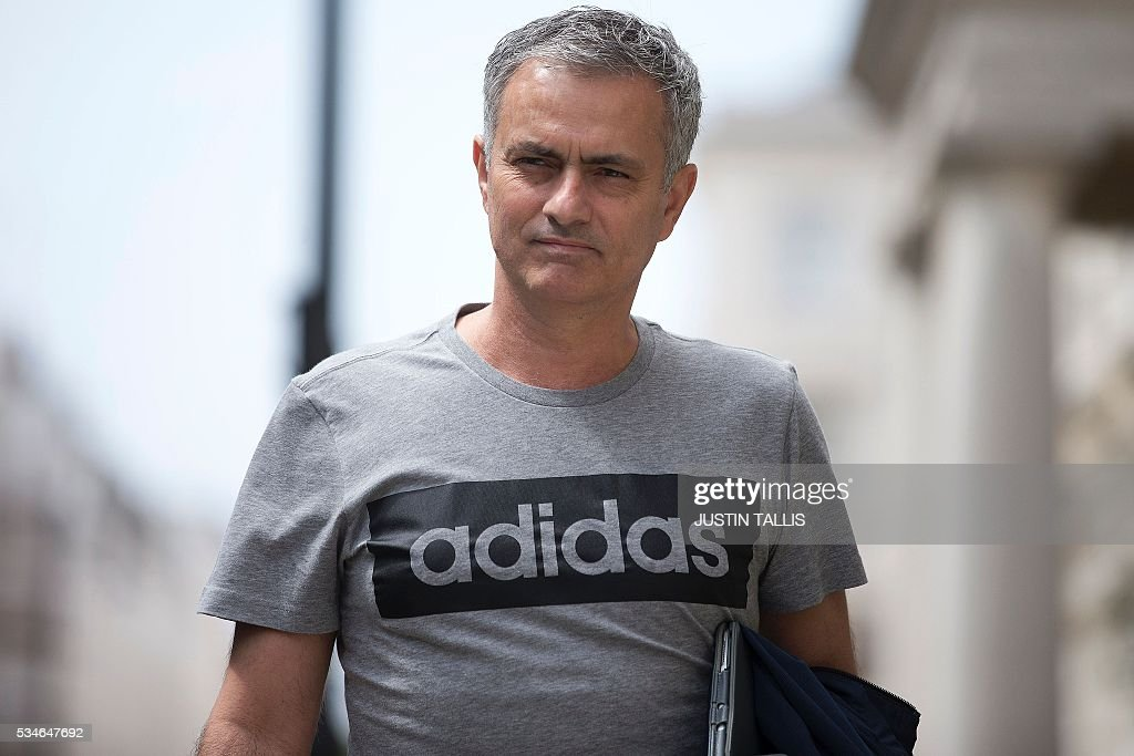 Manchester United's new Portuguese manager Jose Mourinho returns to his home in central London on May 27, 2016. Manchester United on Friday anointed Jose Mourinho as their new manager to launch a third bid in less than three years to transform the Red Devils into a title-winning force again. After three days of talks, Mourinho agreed a three-year contract on a bumper salary reportedly worth more than $20 million (19.5 million euros) a year. / AFP / JUSTIN