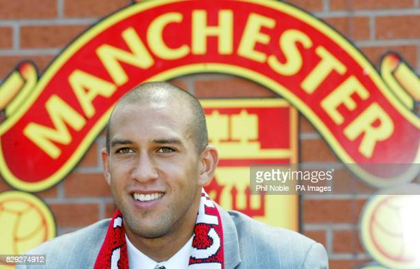 Manchester United's new signing American goalkeeper Tim Howard is unveiled during a photocall at Manchester United's Old Trafford Manchester United...