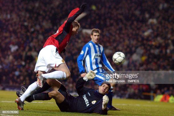 Manchester United's Ole Gunnar Solskjaer has his shot saved by Deportivo La Coruna's goalkeeper Juan Miguel Juanmi