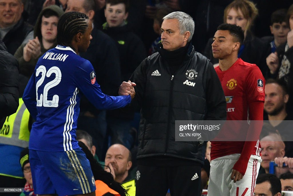 FBL-ENG-FACUP-CHELSEA-MAN UTD : News Photo