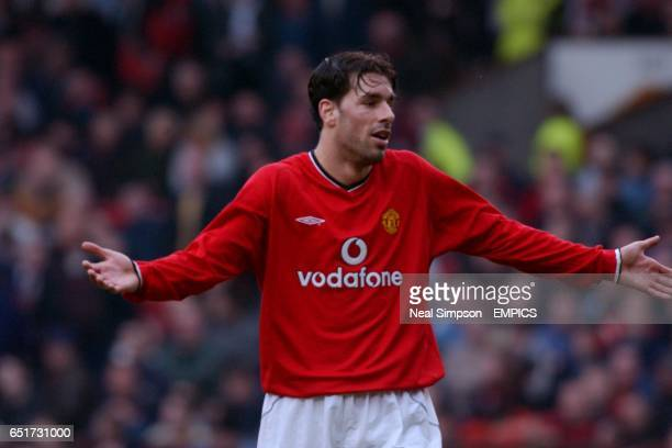 Manchester United's Ruud van Nistelrooy shrugs his shoulders after a missed chance against Middlesbrough