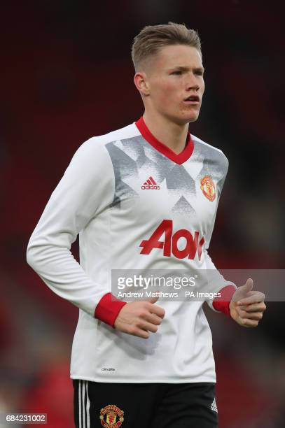 Manchester United's Scott McTominay warms up prior to the Premier League match at St Mary's Southampton