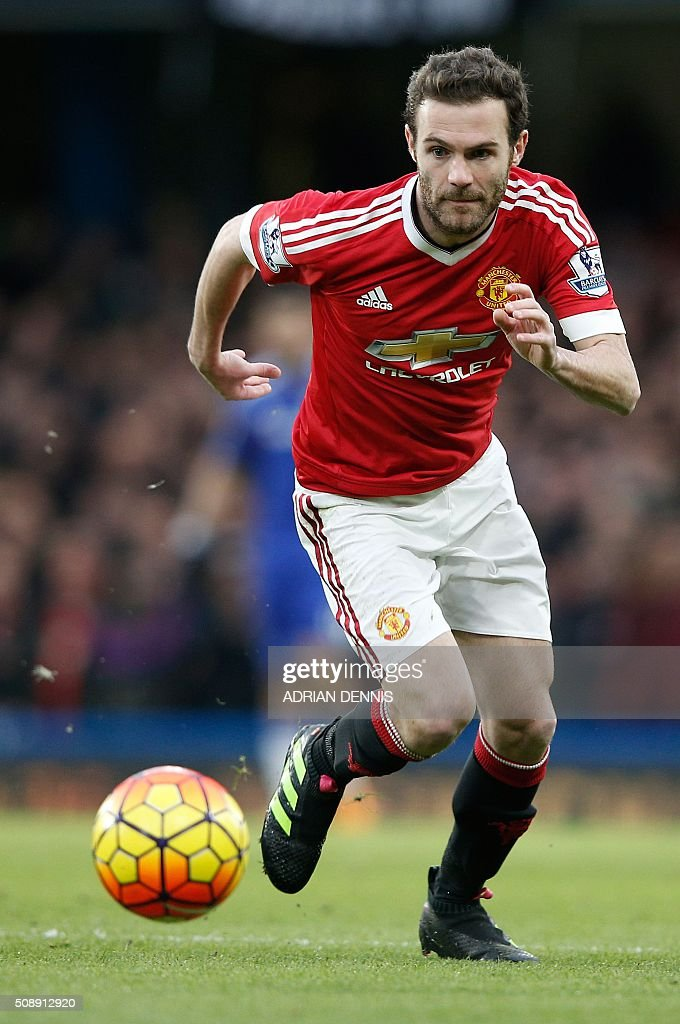 Manchester United's Spanish midfielder Juan Mata runs during the English Premier League football match between Chelsea and Manchester United at Stamford Bridge in London on February 7, 2016. / AFP / ADRIAN DENNIS / RESTRICTED TO EDITORIAL USE. No use with unauthorized audio, video, data, fixture lists, club/league logos or 'live' services. Online in-match use limited to 75 images, no video emulation. No use in betting, games or single club/league/player publications. /