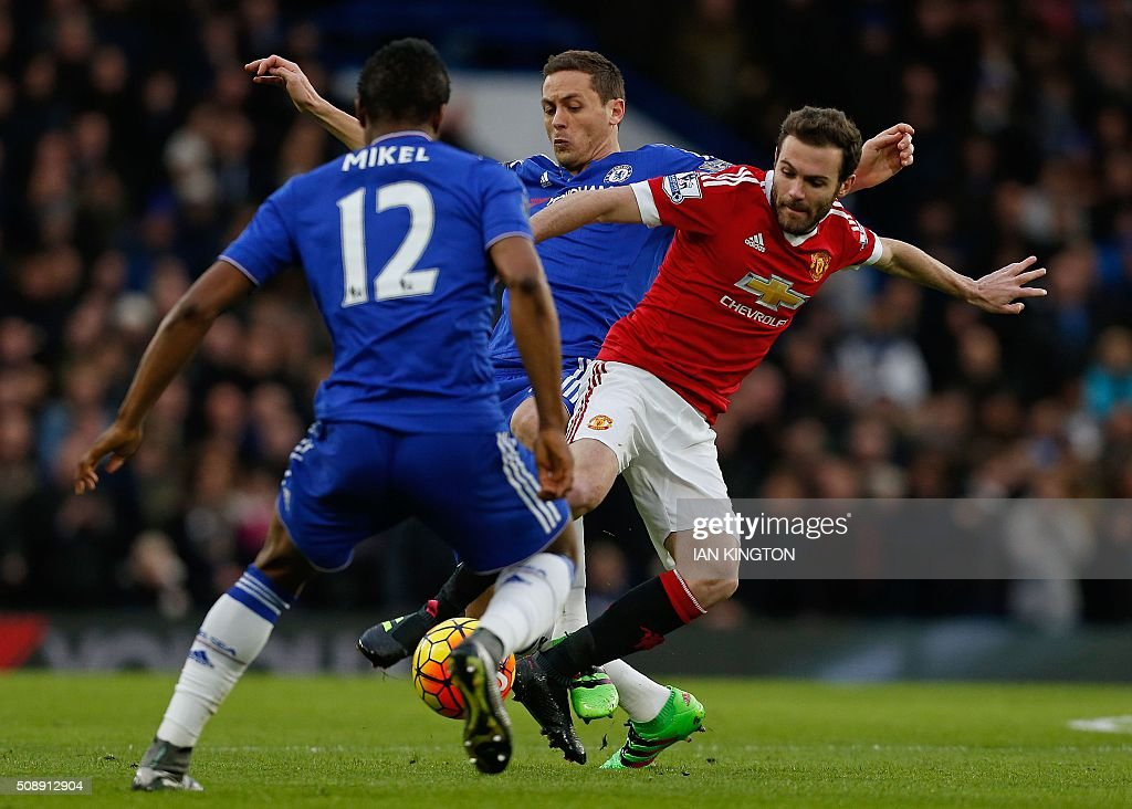 Manchester United's Spanish midfielder Juan Mata (R) vies with Chelsea's Serbian midfielder Nemanja Matic during the English Premier League football match between Chelsea and Manchester United at Stamford Bridge in London on February 7, 2016. / AFP / Ian Kington / RESTRICTED TO EDITORIAL USE. No use with unauthorized audio, video, data, fixture lists, club/league logos or 'live' services. Online in-match use limited to 75 images, no video emulation. No use in betting, games or single club/league/player publications. /