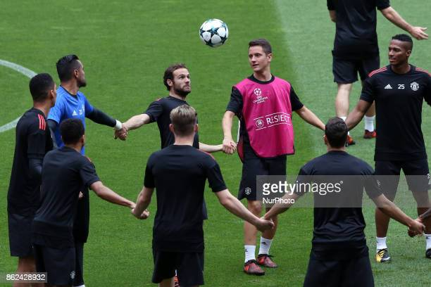 Manchester United's team players attend a training session at the Luz stadium in Lisbon Portugal on October 17 on the eve of the UEFA Champions...