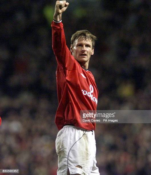 LEAGUE Manchester United's Teddy Sheringham celebrates scoring the second goal against SK Sturm Graz during the Champions League Group A game at Old...