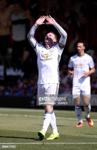 Manchester United's Wayne Rooney celebrates scoring his side's second goal of the game