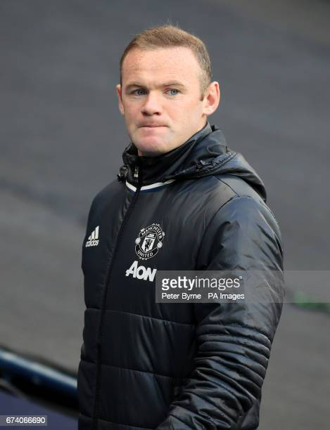 Manchester United's Wayne Rooney walks out at the start of the Premier League match at the Etihad Stadium Manchester