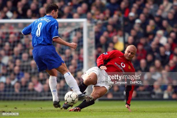Manchester United's Wes Brown tackles Chelsea's Frank Lampard