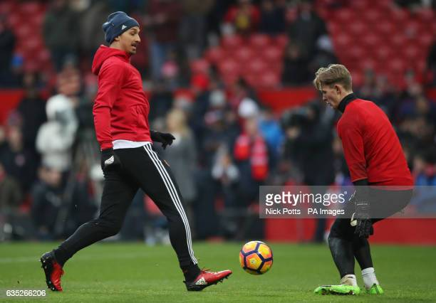 Manchester United's Zlatan Ibrahimovic and goalkeeper Dean Henderson during prematch training