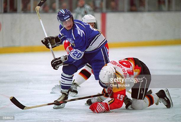 TONIGHT''S GROUP A MATCH AT THE 1994 WINTER OLYMPICS IN LILLEHAMMER FINLAND BEAT GERMANY 71 Mandatory Credit Clive Brunskill/ALLSPORT