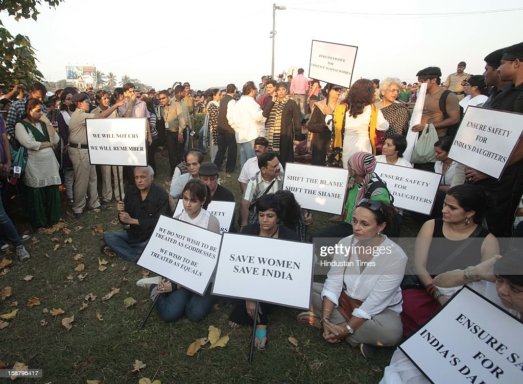 Mandira Bedi, Mahesh Bhatt and Jenelia D'souza during protest by the Bollywood Film Industry against the Delhi rape incident at Juhuon December 29, 2012 in Mumbai, India.The girl died of injuries in Singapore hospital after brutally gang raped in a moving bus on December 16, in Delhi.