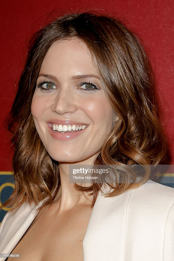 Mandy Moore attends the QVC 5th annual red carpet style event at The Four Seasons Hotel on February 28, 2014 in Beverly Hills, California.