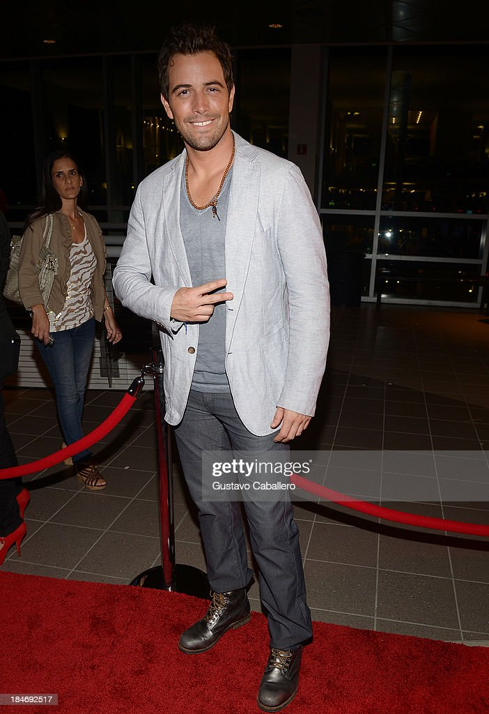 Mane De La Parra arrives for the premiere of 'The Snitch Cartel'at Regal South Beach on October 14, 2013 in Miami, Florida.