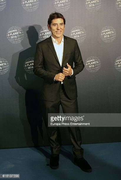 Manel Fuentes attend the 2016 Premio Planeta award on October 15 2016 in Barcelona Spain