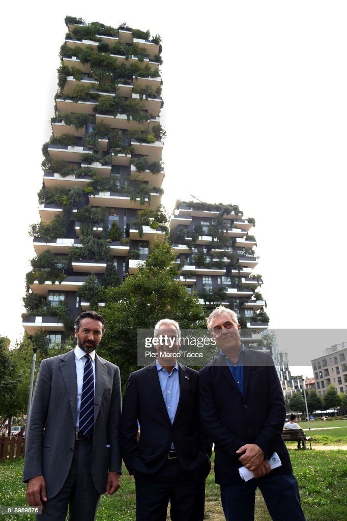 Manfredi Catella CEO and cofounder of COIMA SGR, Mayor of Chicago Rahm Emanuel and Architect Stefano Boeri pose in front of the Bosco Verticale Building during his visit in Milan on July 19, 2017 in Milan, Italy. The Mayor of Chicago is visiting Milan on a two days visit to strengthen relations between the two cities. on July 19, 2017 in Milan, Italy.