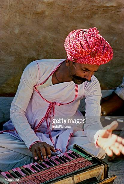 Manganiyar musicians Kuchedi Jaisalmer Rajasthan India