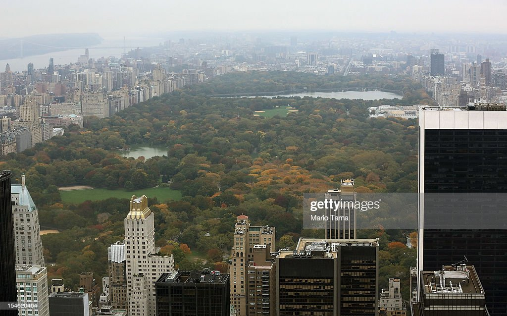 Manhattan and Central Park are seen from the 'Top of the Rock' observation deck at Rockefeller Center on October 23 2012 in New York City Hedge fund...