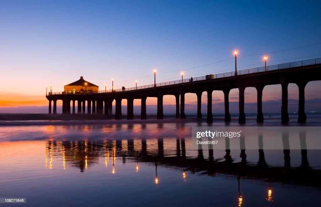 Manhattan Beach Pier at dusk : Stock Photo