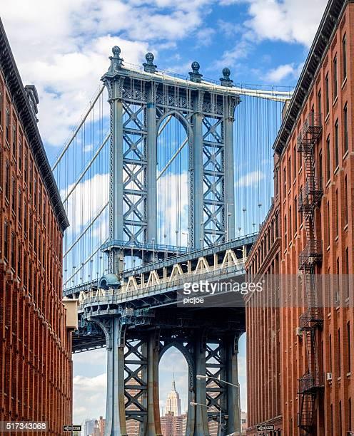 Manhattan Bridge aus Brooklyn der Backstreet