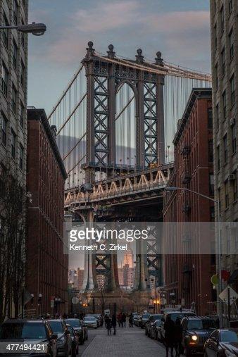 Manhattan Bridge viewed from DUMBO : Stock Photo