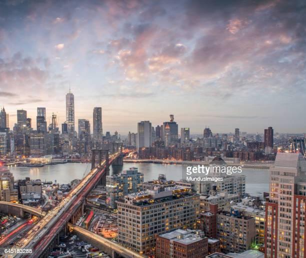 El horizonte de Manhattan al atardecer