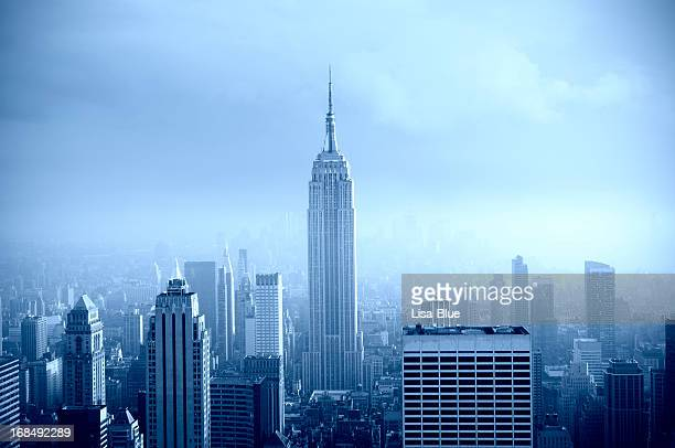 Panorama de Manhattan au Fog.Blue tonifiée.