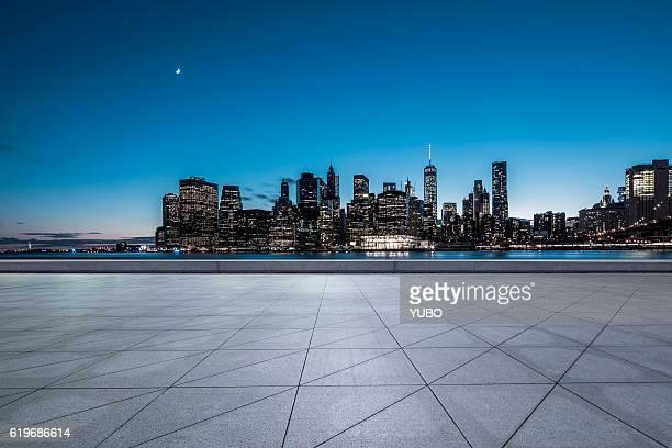 Manhattan Square