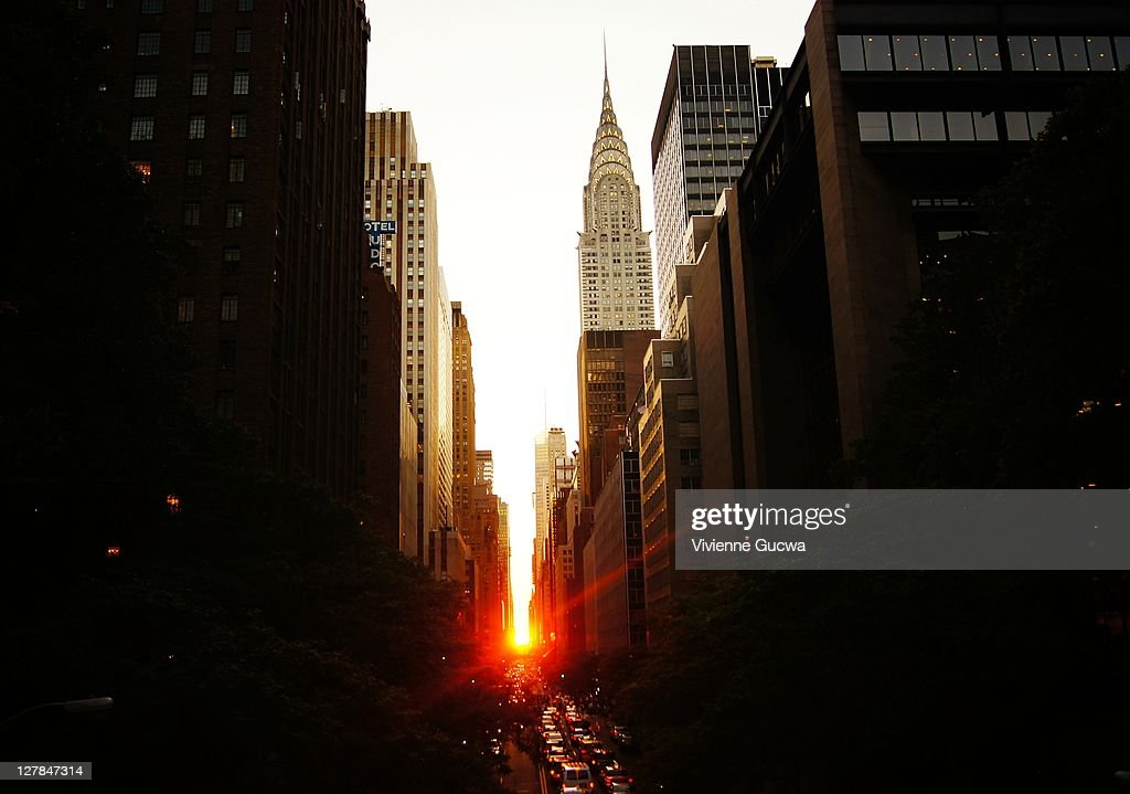 Manhattanhenge at sunset : Stock Photo
