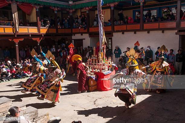 Mani Rimdu celebration, Monk temple dancers