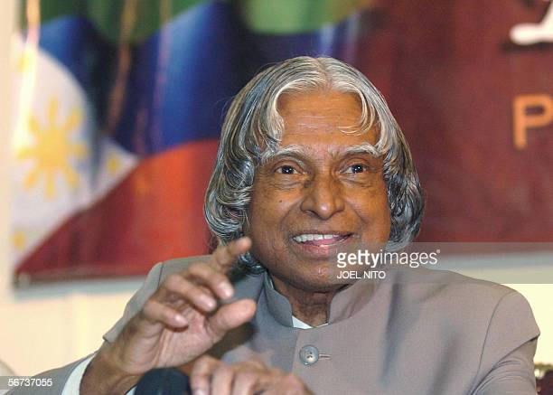 Indian President Avul Pakir Jainulabdeen Abdul Kalam gestures during the interaction program with students and faculty during his visit to the...