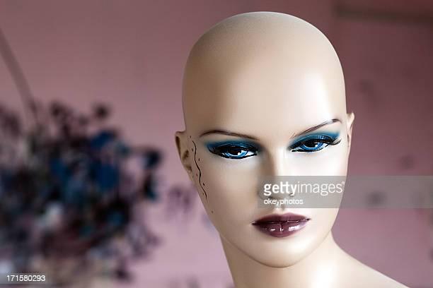 Mannequin's faces