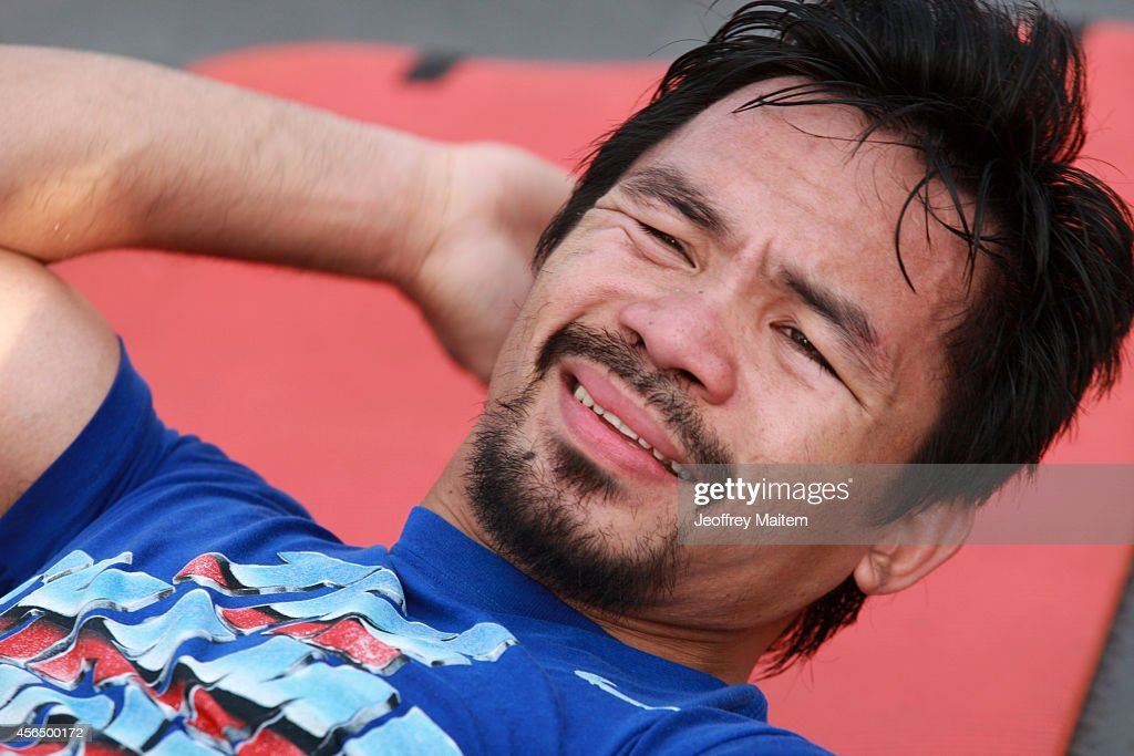 Manny Pacquiao trains at Pedro Antonio Acharon Sports Complex on October 2, 2014 in General - manny-pacquiao-trains-at-pedro-antonio-acharon-sports-complex-on-2-picture-id456500172