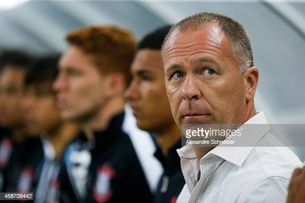 Mano Menezes coach of Corinthians in action during the match between Corinthians and Santos for the Brazilian Series A 2014 at Arena Corinthians on...