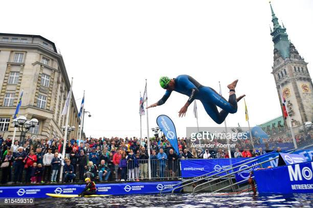 Manoel Messias of Brazil jumps into the water during the Elite Mixed Relay at Hamburg Wasser ITU World Triathlon Championships 2017 on July 16 2017...