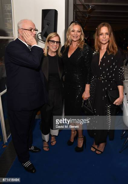 Manolo Blahnik Ronnie CookNewhouse Kate Moss and Stella McCartney attends a dinner hosted by Jonathan Newhouse and Albert Read for Edward Enninful to...