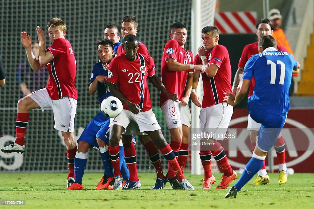 Manolo Gabbiadini of Italy tries to score with a free-kick during the UEFA European U21 Championship Group A match between Norway and Italy at Bloomfield Stadium on June 11, 2013 in Tel Aviv, Israel.