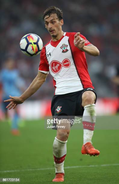 Manolo Gabbiadini of Southampton in action during the Premier League match between Southampton and Newcastle United at St Mary's Stadium on October...