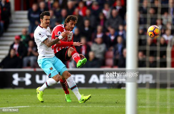 Manolo Gabbiadini of Southampton scores his sides first goal during the Premier League match between Southampton and West Ham United at St Mary's...